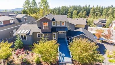 Bellingham Single Family Home For Sale: 3411 Sussex Dr