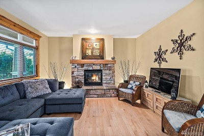 Snoqualmie Single Family Home For Sale: 7411 Warren Ave SE #B