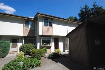 Bellevue Condo/Townhouse For Sale: 4160 Factoria Blvd SE #A105