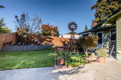 Everett Single Family Home For Sale: 1810 70th Place SE