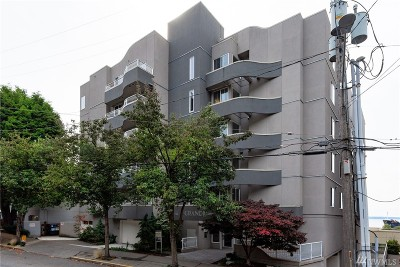 Condo/Townhouse For Sale: 601 W Mercer Place #305