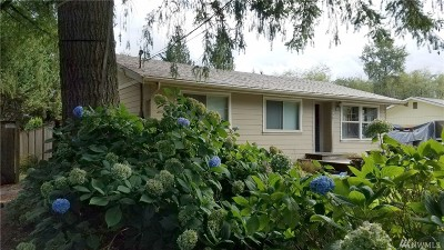 Sedro Woolley Single Family Home For Sale: 390 Lakeside Dr