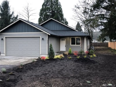 Centralia Single Family Home For Sale: 2505 Seward Ave