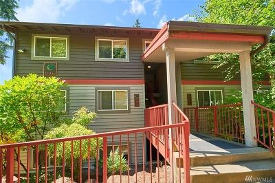 Bellevue Condo/Townhouse For Sale: 11056 NE 33rd Place #C6