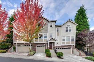Woodinville Condo/Townhouse For Sale: 15429 135th Place NE