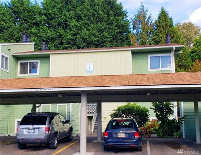 King County Condo/Townhouse Pending: 22238 24th Ave SE #L87