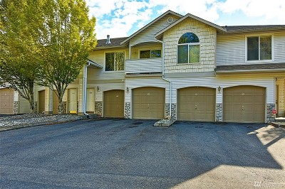 Bothell Condo/Townhouse For Sale: 2201 192nd St SE #V-102