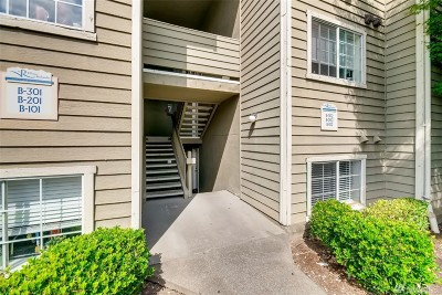 Federal Way Condo/Townhouse For Sale: 28307 18th Ave S #B102