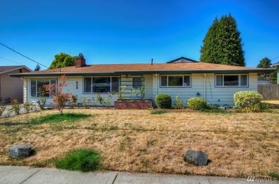 Renton Single Family Home For Sale: 813 Kirkland Ave NE