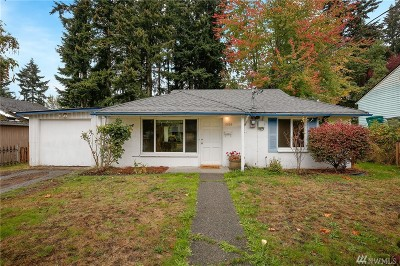 Mountlake Terrace Single Family Home For Sale: 5903 237th St SW
