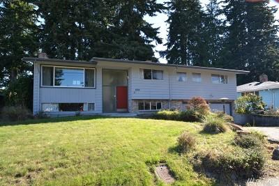 Everett Single Family Home For Sale: 5019 Dogwood Dr