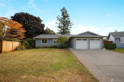 Renton Single Family Home For Sale: 17010 137th Place SE
