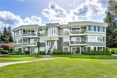 King County Condo/Townhouse For Sale: 4214 Lake Sammamish Pkwy NE #102