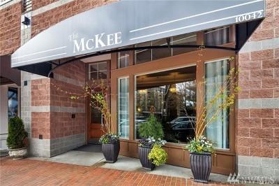 Bellevue Condo/Townhouse For Sale: 10045 NE 1st St #127