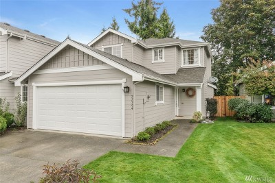 Maple Valley Single Family Home For Sale: 22754 SE 242nd St