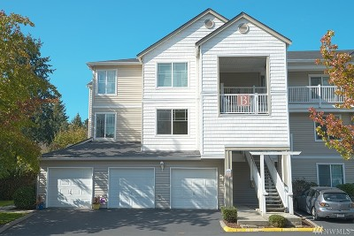 Bothell Condo/Townhouse For Sale: 2009 SE 196th St #B201