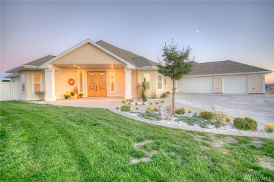 Single Family Home Sold: 815 Sand Dunes Rd S