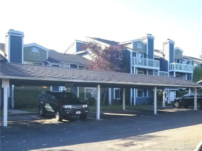 King County Condo/Townhouse Pending Inspection: 22831 30th Ave S #106