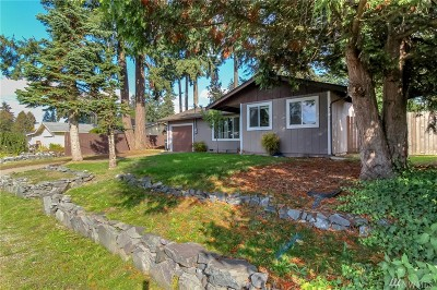 Spanaway Single Family Home For Sale: 17301 8th Ave E