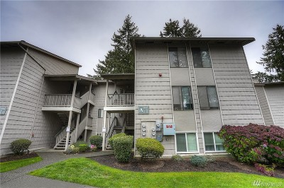 Federal Way Condo/Townhouse For Sale: 33010 17th Place S #A304