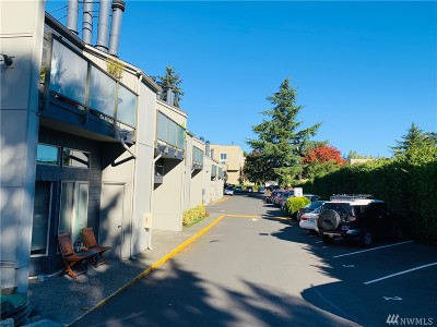 Seattle Condo/Townhouse For Sale: 5847 NE 75th St St NE #A226