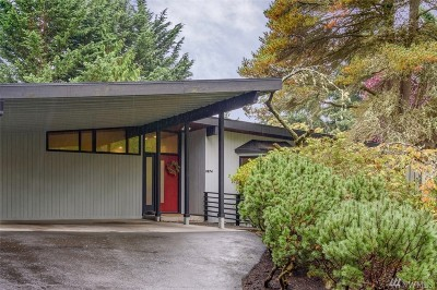 Mercer Island Single Family Home For Sale: 3874 W Mercer Wy