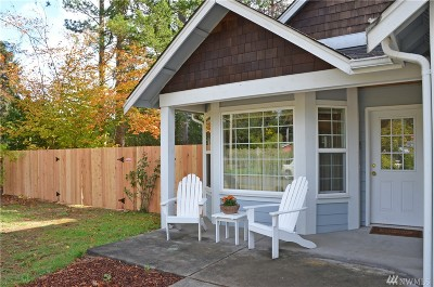 Port Orchard Single Family Home For Sale: 3352 SE Cedar Ct