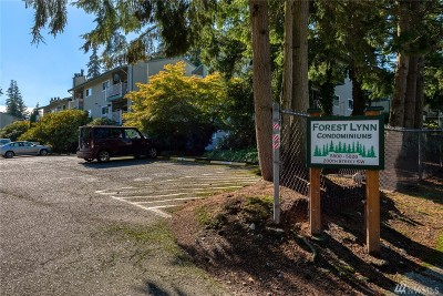 Lynnwood Condo/Townhouse For Sale: 5804 58th Ave W #E