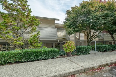 Bothell Condo/Townhouse For Sale: 15707 Waynita Wy NE #C101