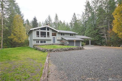 Bremerton Single Family Home For Sale: 8725 Freddies Lane NW