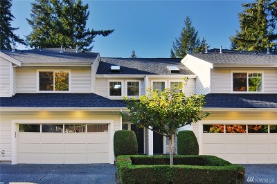 Tacoma Condo/Townhouse For Sale: 4714 Fairwood Blvd NE #1704