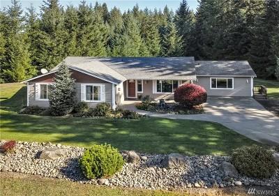 Rainier Single Family Home For Sale: 13608 Land Lane SE