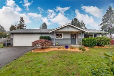 Tacoma Single Family Home For Sale: 910 136th St E