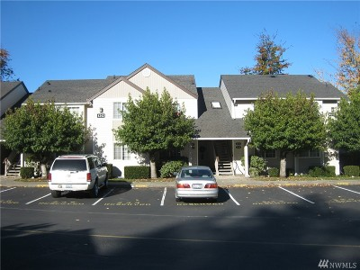Bellingham Condo/Townhouse For Sale: 4242 Wintergreen Cir #365