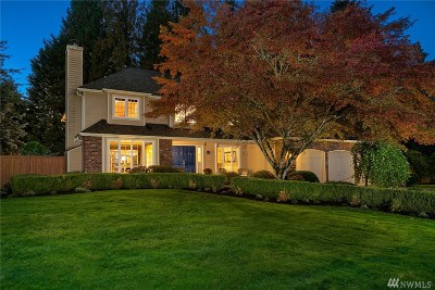 Sammamish Single Family Home For Sale: 2403 245th Place NE