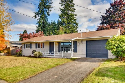 Renton Single Family Home For Sale: 15762 118th Place SE