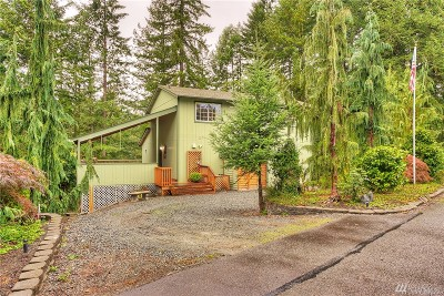 Yelm Single Family Home For Sale: 17525 Pond View Ct SE
