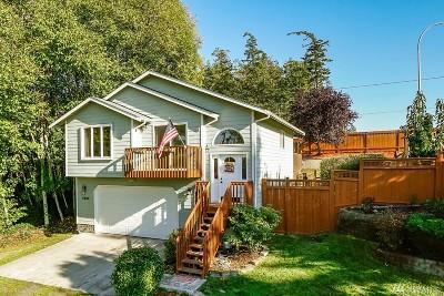 Oak Harbor Single Family Home For Sale: 4900 Deception Cir