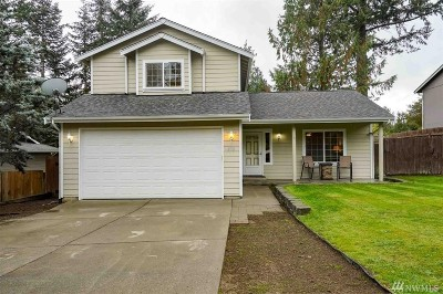 Port Orchard Single Family Home For Sale: 270 Flower Meadows