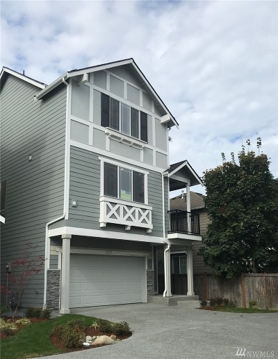 Lynnwood Single Family Home For Sale: 127 210th St SW #6