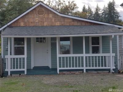 Port Orchard Single Family Home For Sale: 1232 Ridgeway Place E