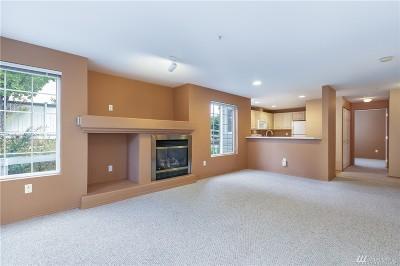 Everett Condo/Townhouse For Sale: 12431 4th Ave W #8104
