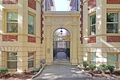 Condo/Townhouse For Sale: 125 Warren Ave N #B