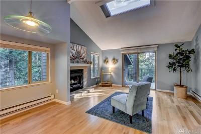Redmond Condo/Townhouse For Sale: 8110 146th Ct NE #C25