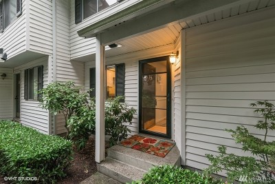 Kent Condo/Townhouse For Sale: 25812 115th Ave SE #B104