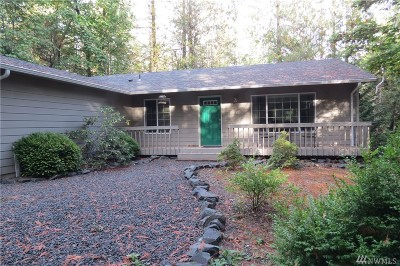 Shelton Single Family Home For Sale: 327 E Pointes Dr E
