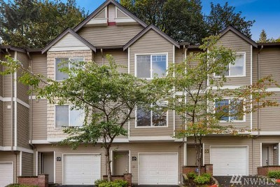 Issaquah Condo/Townhouse For Sale: 18501 Newport Way Wy #F129