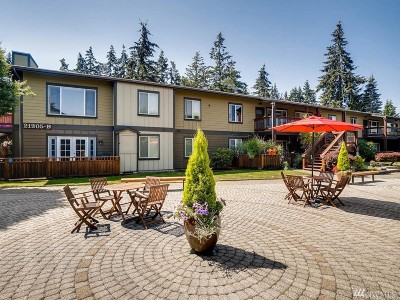 Mountlake Terrace Condo/Townhouse For Sale: 21305 48th Ave W #B109