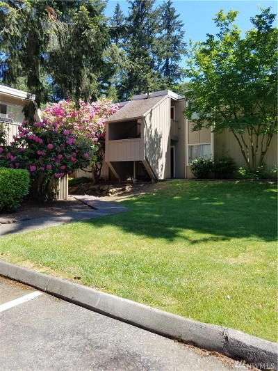 Lynnwood Condo/Townhouse For Sale: 4823 180th St #H102