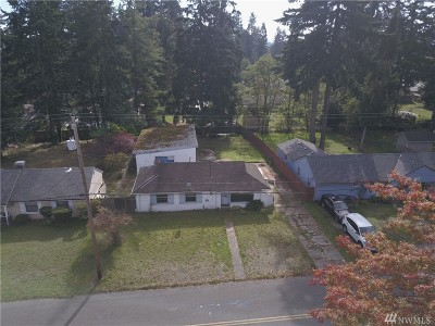 Mountlake Terrace Single Family Home For Sale: 5702 234th St SW
